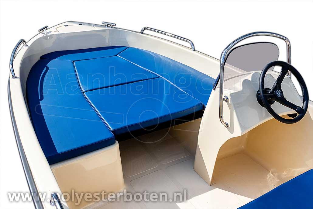 Kussenset t.b.v. zonnedek op IZI-Line 430 polyester boot